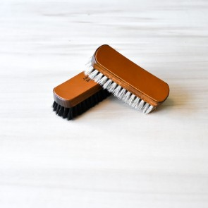 Set of 2 Shine Brushes with Leather Label, 100% horsehair